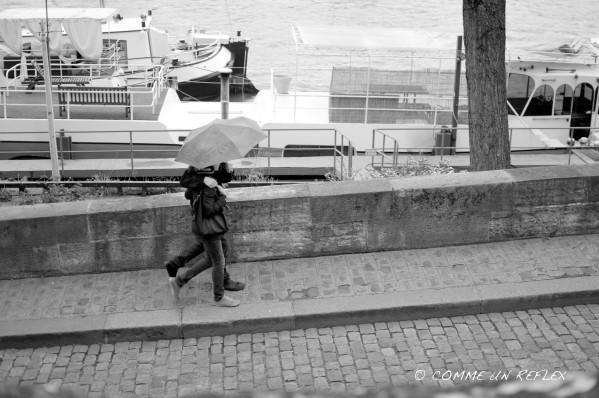 Photo de rue au bord de seine sous la pluie.Photo-pele-mele-3 7854