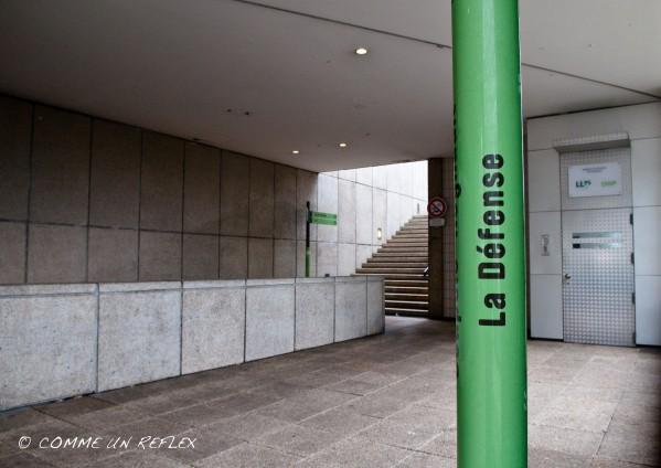 Une des signalétique du quartier de La Défense.Photo-pele-mele-2 6570